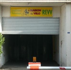 REVV-MdV2012_edited.jpg