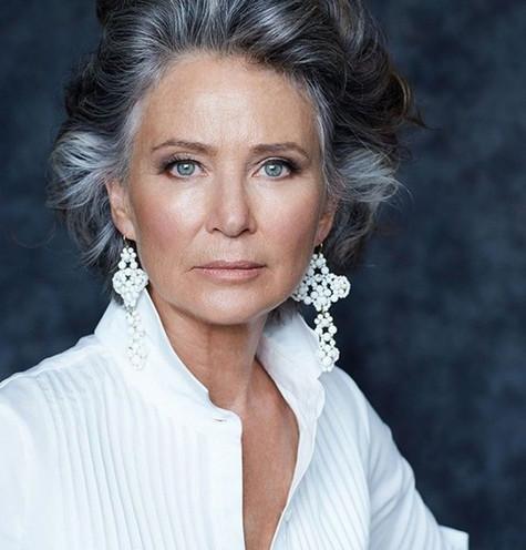 Short-Haircuts-for-Older-Women-Over-60-21.jpg