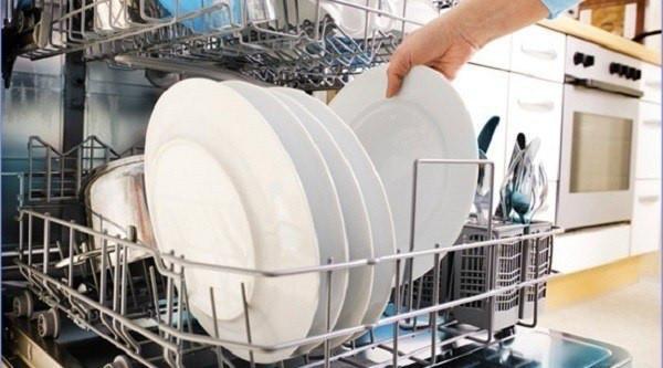 11 consejos para utilizar bien tu lavavajillas con Gestió Integral.