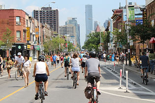 Another Busy Bloor Street.JPG