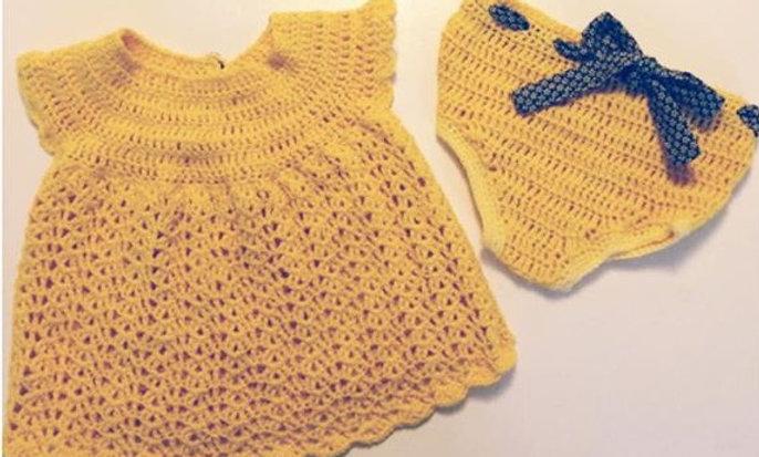 Hæklet baby-kjole og -underbuks (priser fra 425-555,- afhængig af str.)