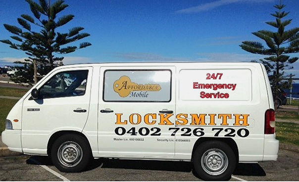 locksmith newcastle