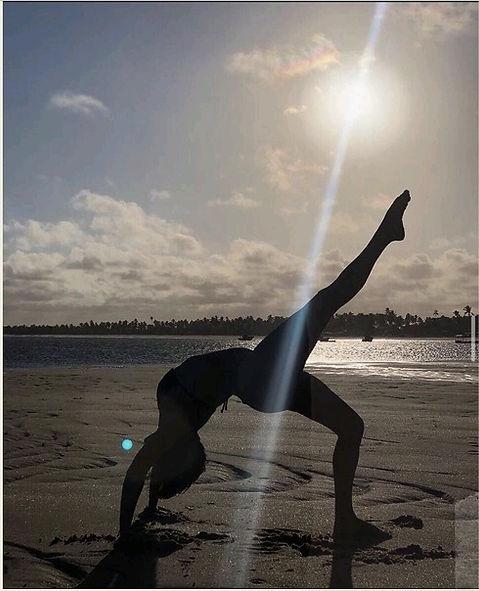 yoga-na-praia