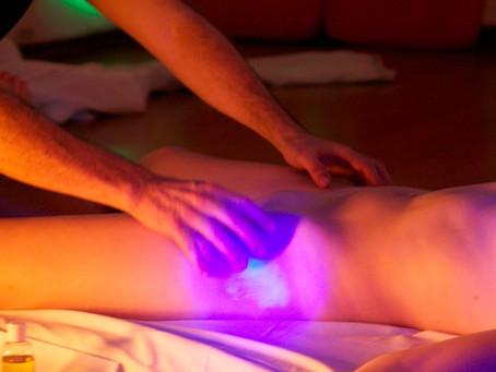 Massagem Tântrica: uma nova forma de se relacionar com o (a) parceiro (a) e com sua sexualidade.