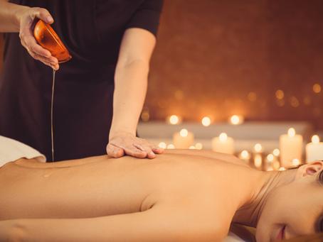 Massagem Ayurvédica: efeito terapêutico no plano corporal, emocional, mental e espiritual.