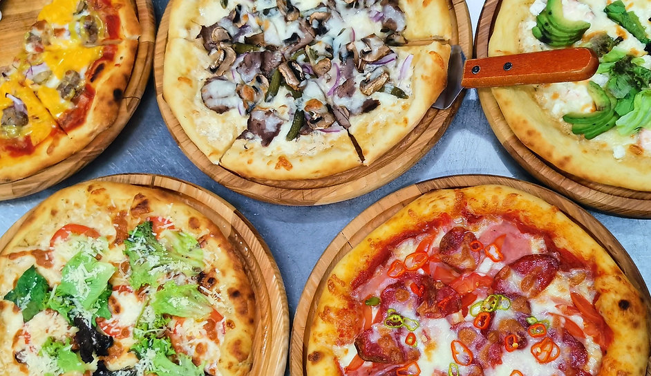 pizza-background-all_edited.jpg