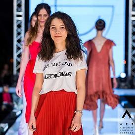 Testemunho de uma ex-aluna Esprominho (Escola Profissional)- Cassandra Silva ( Criadora de Moda e Estética)