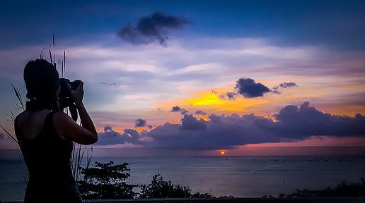 Bali Sunset, Ono Vita