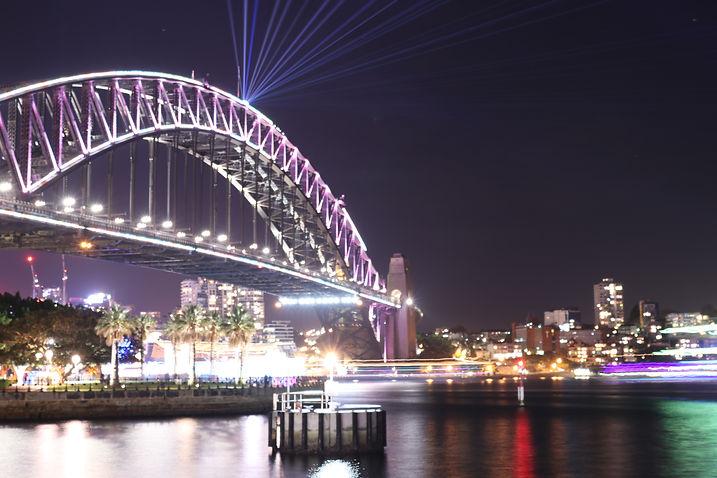 harbour bridge vivid sydney australie ono vita