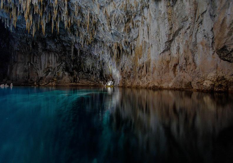 gruta.jpg
