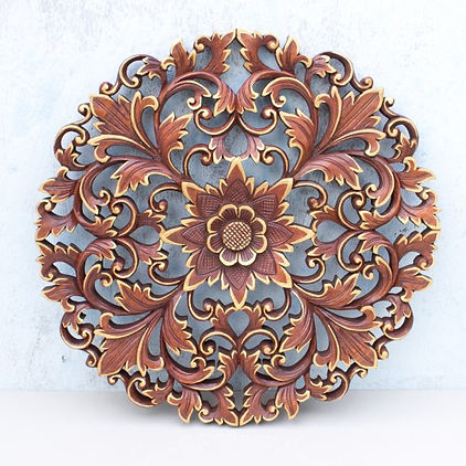 traditional-lotus-wood-panel-round-golde