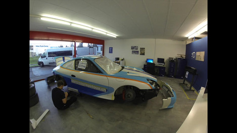Porsche-wrapping.mov