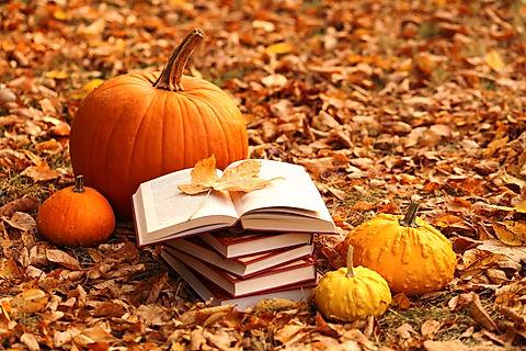 Autumn books. Reading books about autumn