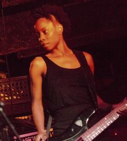 Music_Rock_Chick_Bassist