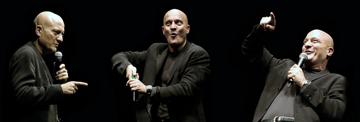 Claudio Bisio Piccolo Teatro Mi 2004