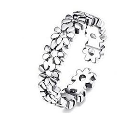 Scattered Flowers Toe Ring