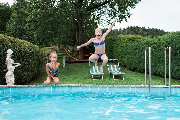 pool sprung.jpg