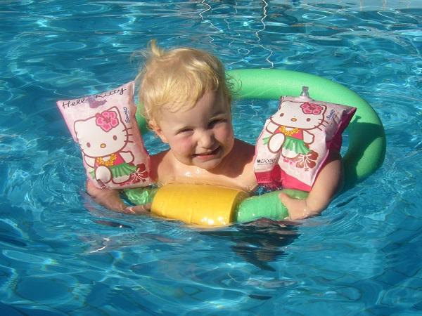 Badespaß im Pool