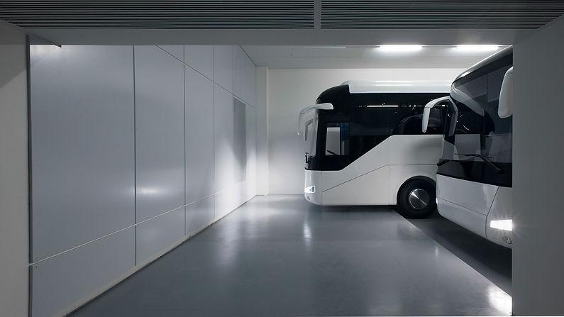 גיל שני אוטובוסים .jpg