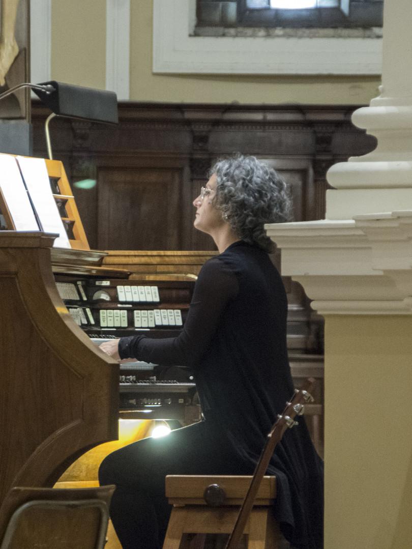 Giuliana Maccaroni all'organo