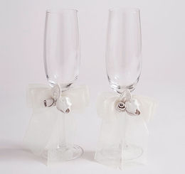 Amour Wedding Toasting Flutes