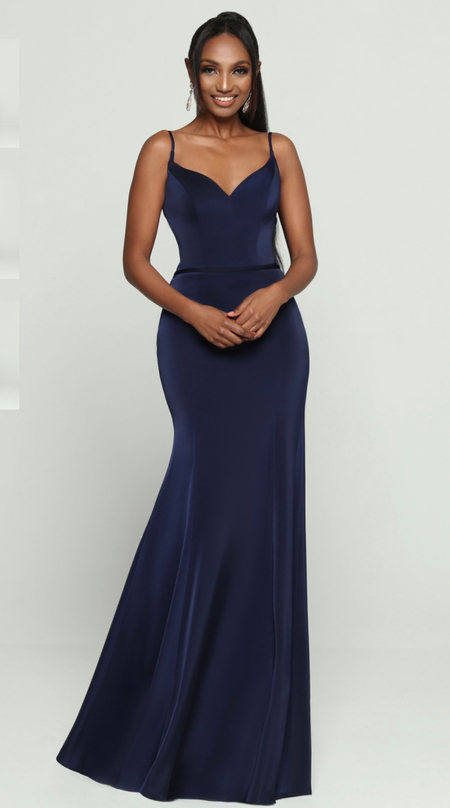 This strappy satin gown features clean lines and a soft sheen. Come to see the DaVinci 60464 at Madelange Laroche Bridal Design Studio. Book your appointment here.
