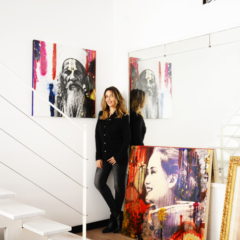 Each works are unique pieces, photos on canvas painted with resins