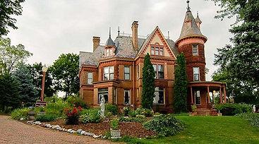 Henderson Castle
