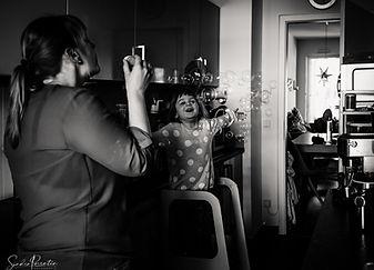sandra parentin fotografie familienfotografie seifenblasen