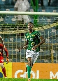 Luis Gabriel - Zagueiro.jpg
