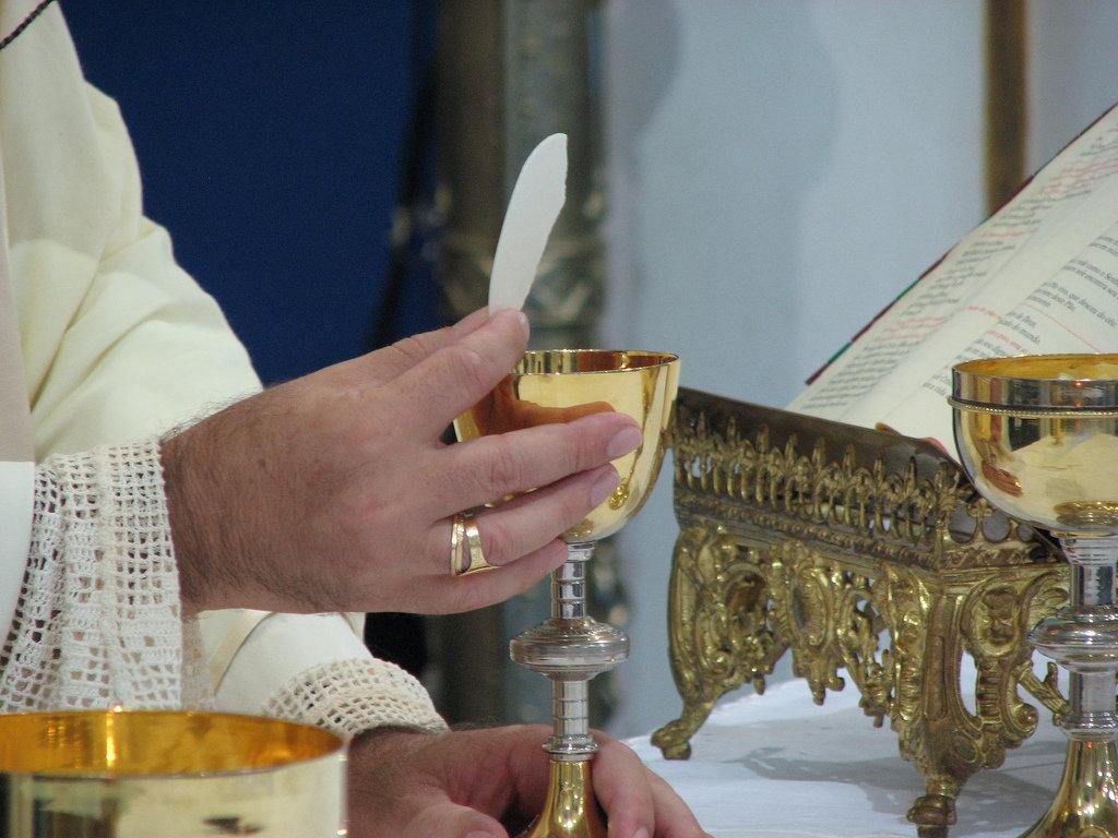 Santa Missa Presencial