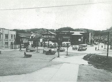 白河駅前コンクリート舗装.jpg