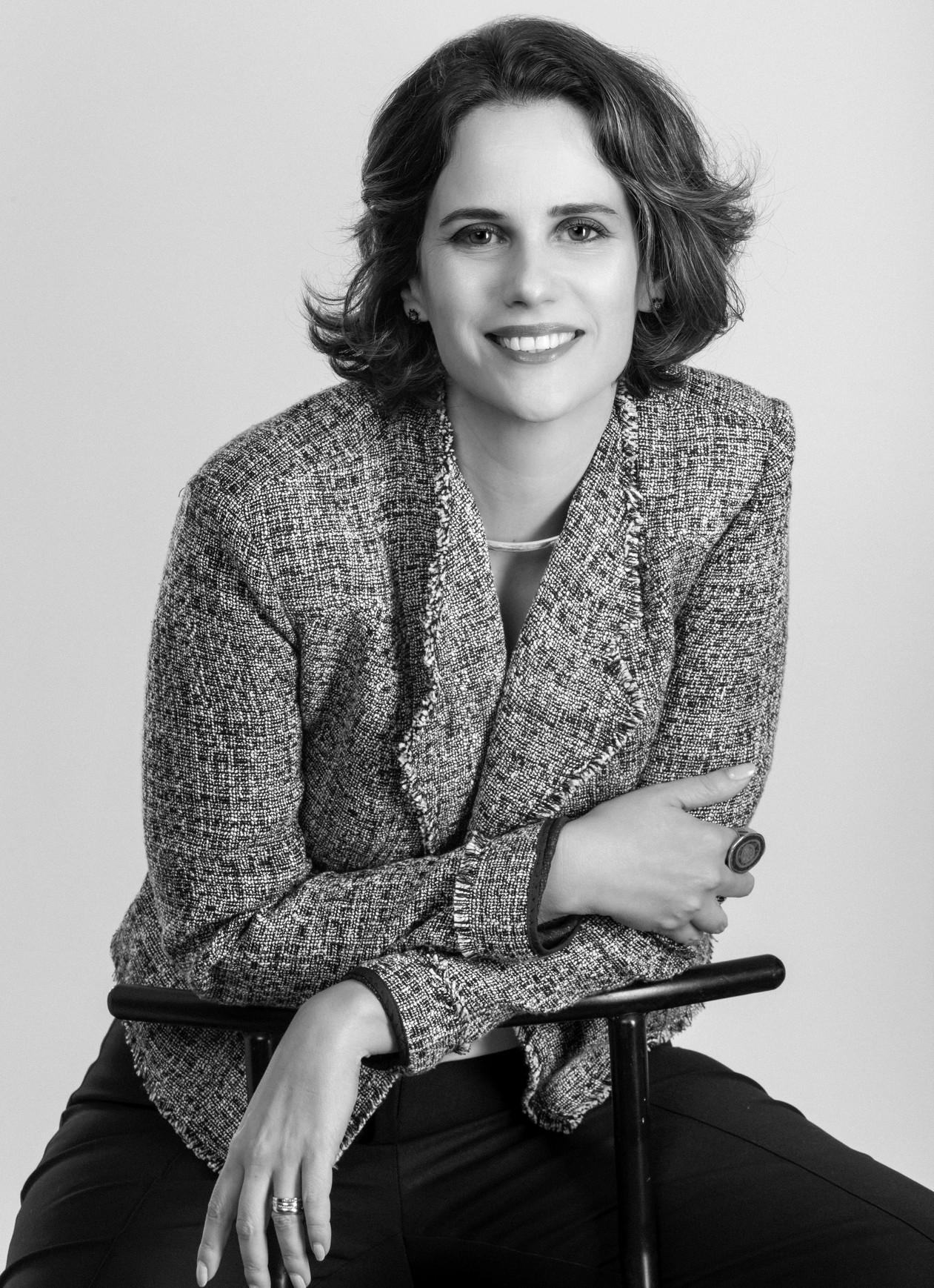 Business portrait of Daniela Diniz