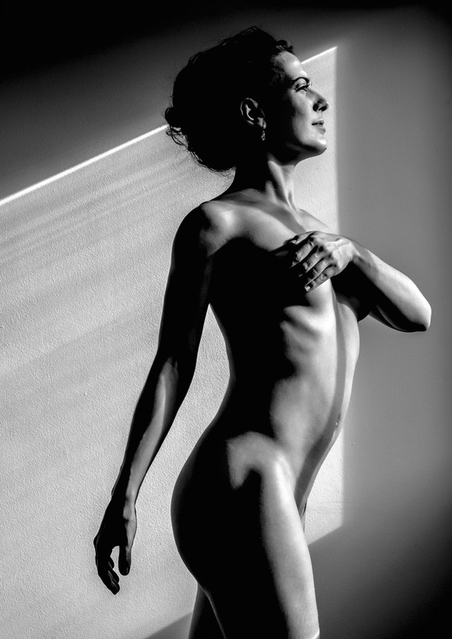 Light, shadow and body