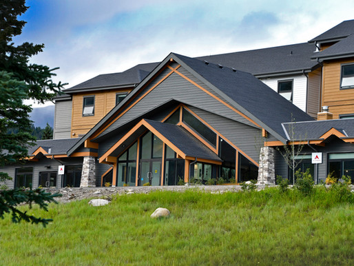 Jasper Hostel Showcases Speed and Sustainability of Modular Construction