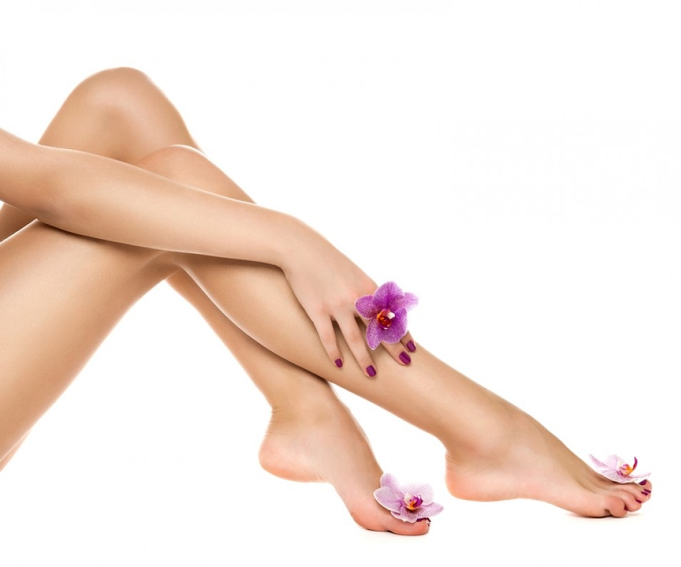 Healthy-female-Legs-Spa-Long-54338057