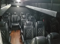 Ford Turtletop Executive Shuttle (2)