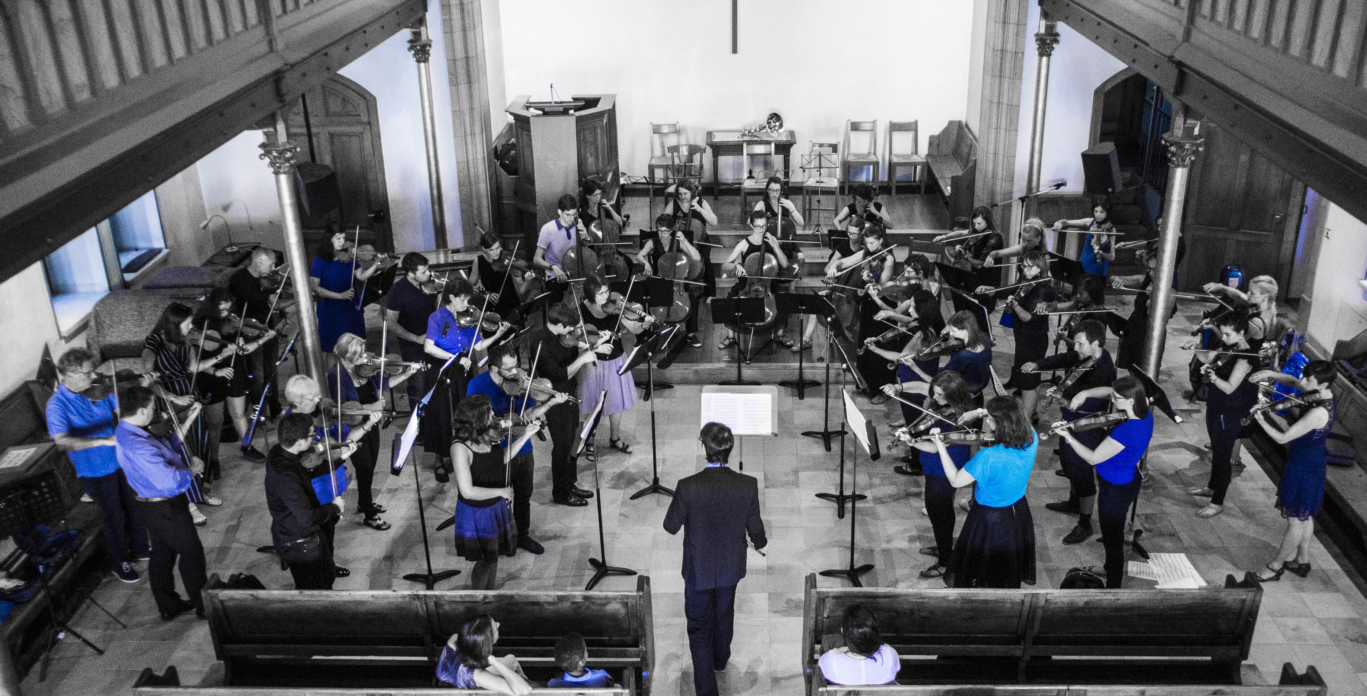 Orchestre Amati en bleu