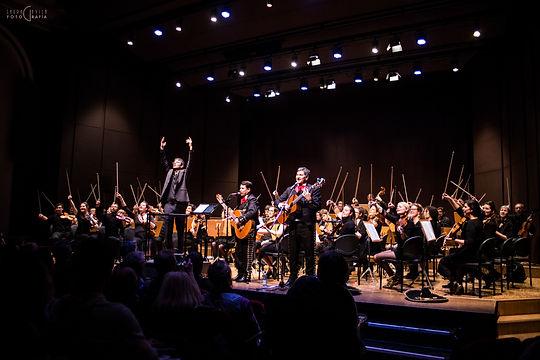 El mariachi suizo avec l'orchestr Amati