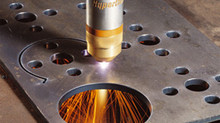 Conheça as diferenças entre o corte a plasma e o corte a laser