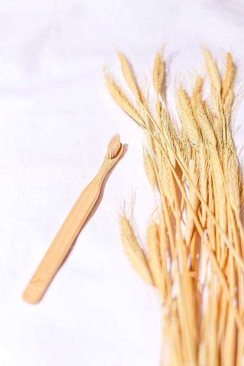 Escova de bambu adulto