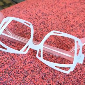 Lunettes sur mesure blanches / white bespoke eyewear