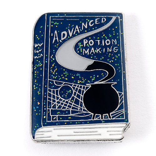 Harry Potter Advanced Potion Making Book Pin Badge