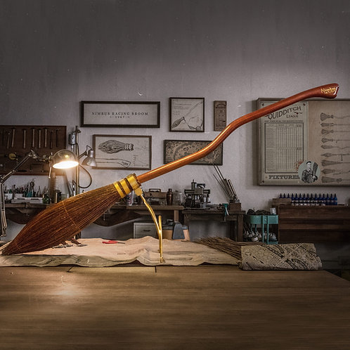 Harry Potter Nimbus 2000 Broomstick - LIMITED EDITION
