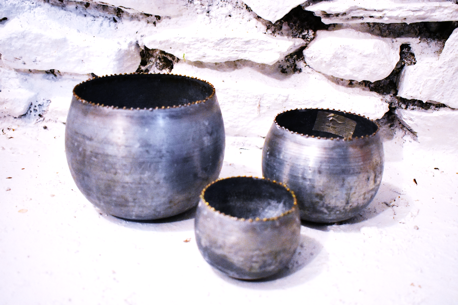 SPECIAL METAL VASES (ONLY 3)