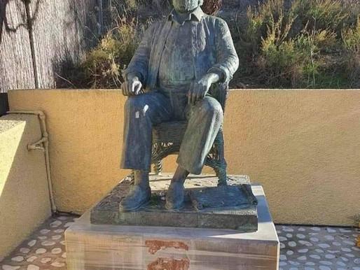 Acto vandálico contra el monumento a Paco Rabal en la Cuesta de Gos