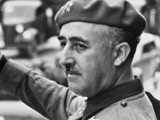 Honores a la dictadura franquista concedidos por el Ayuntamiento de Águilas