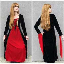 Medieval Vampyress