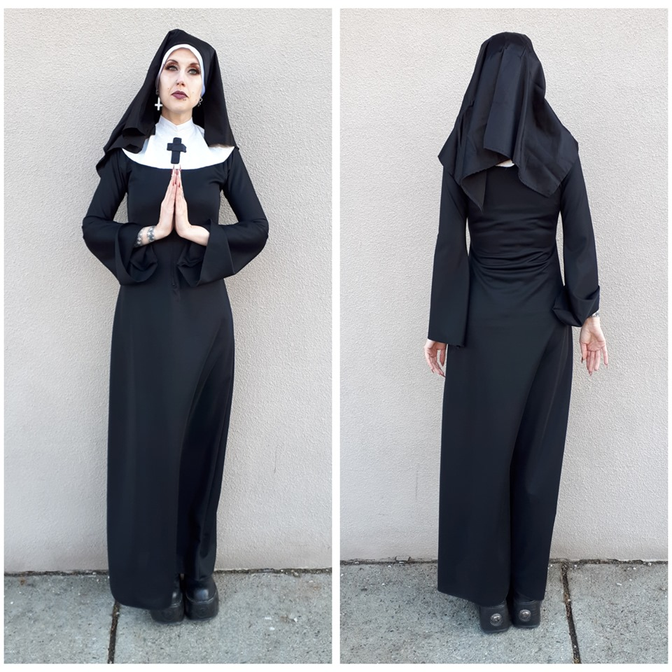 Small & Tall Nun