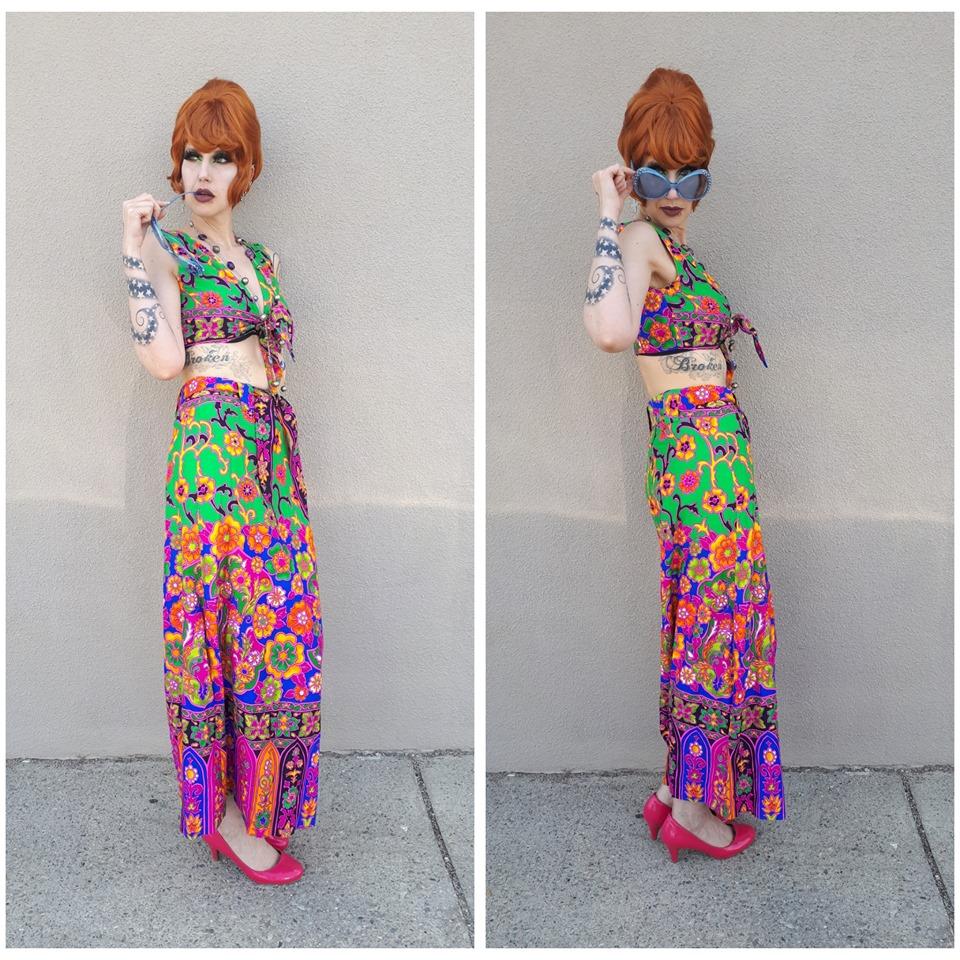 70s 2pc Floral Beachwear